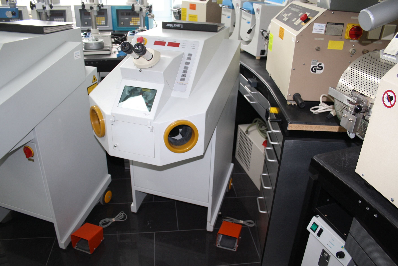 Bego LaserStar  / Laser-Schweißgerät / Dental-Laser / Laser für Zahntechnik