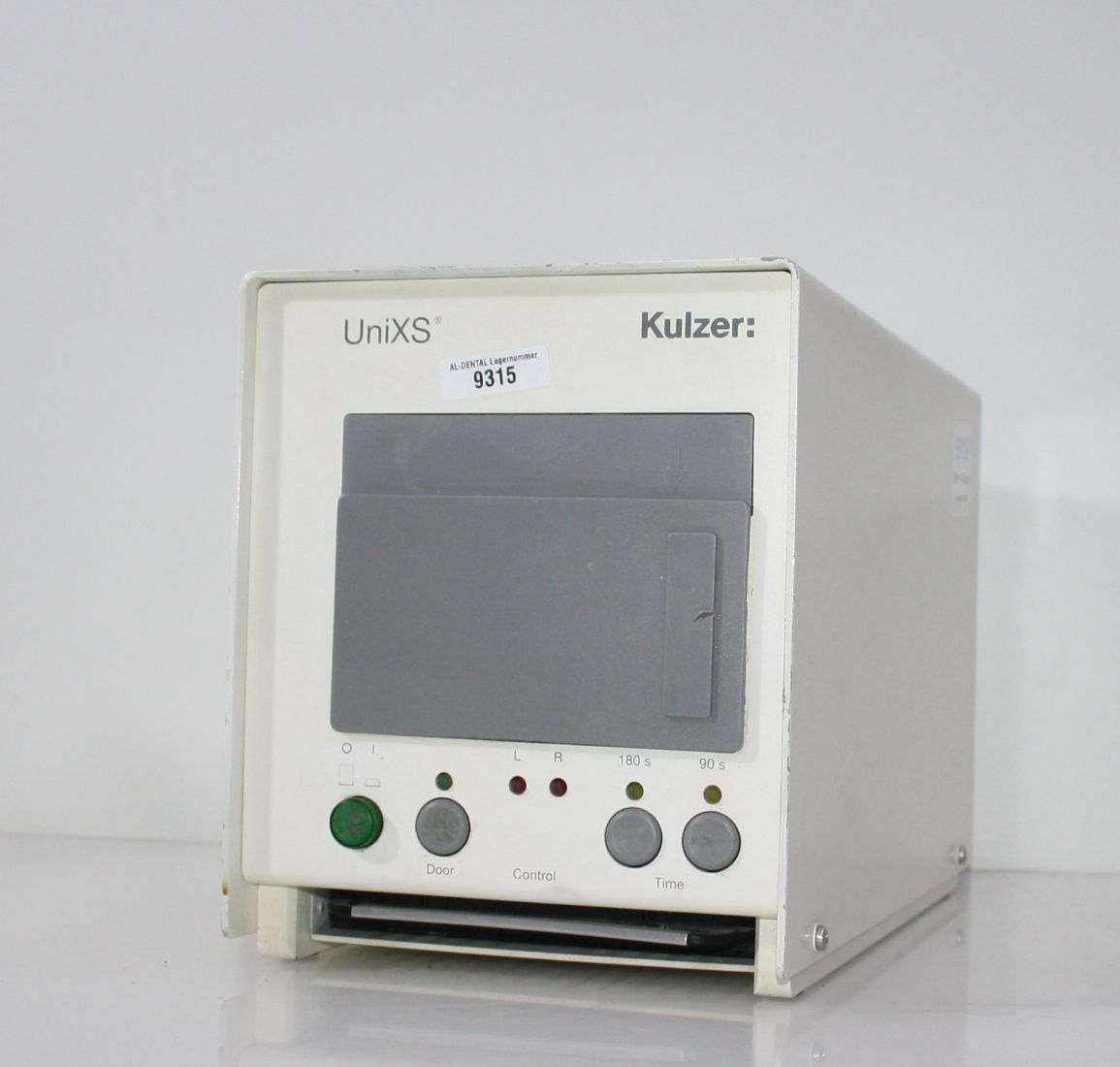 KULZER Hochleistungs-Lichtpolymerisationsgerät UniXS  # 9315